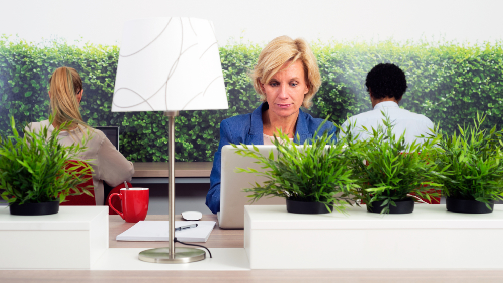 How to combat loneliness at work