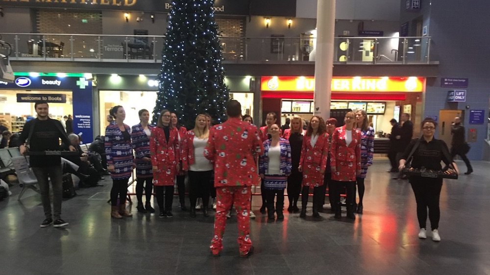 CitySuites brings Christmas cheer to Manchester Piccadilly station