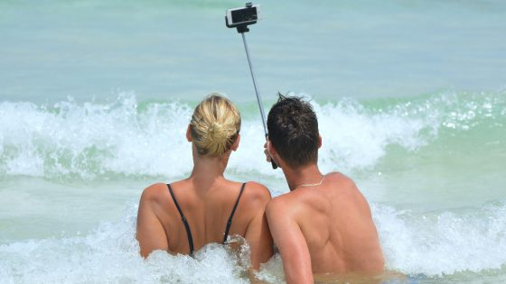 Brits time their holiday social media posts to make colleagues jealous