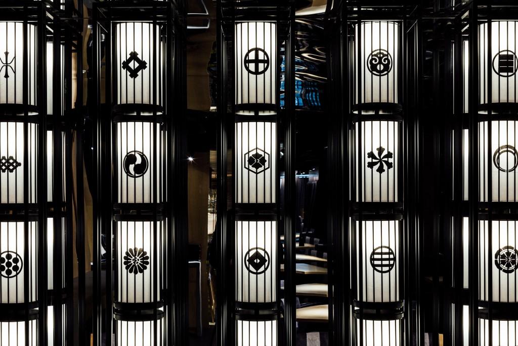 Ginza Onodera Inside walls