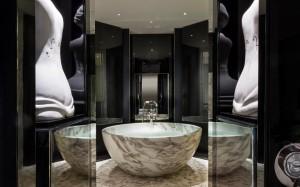 Rosewood London bathroom