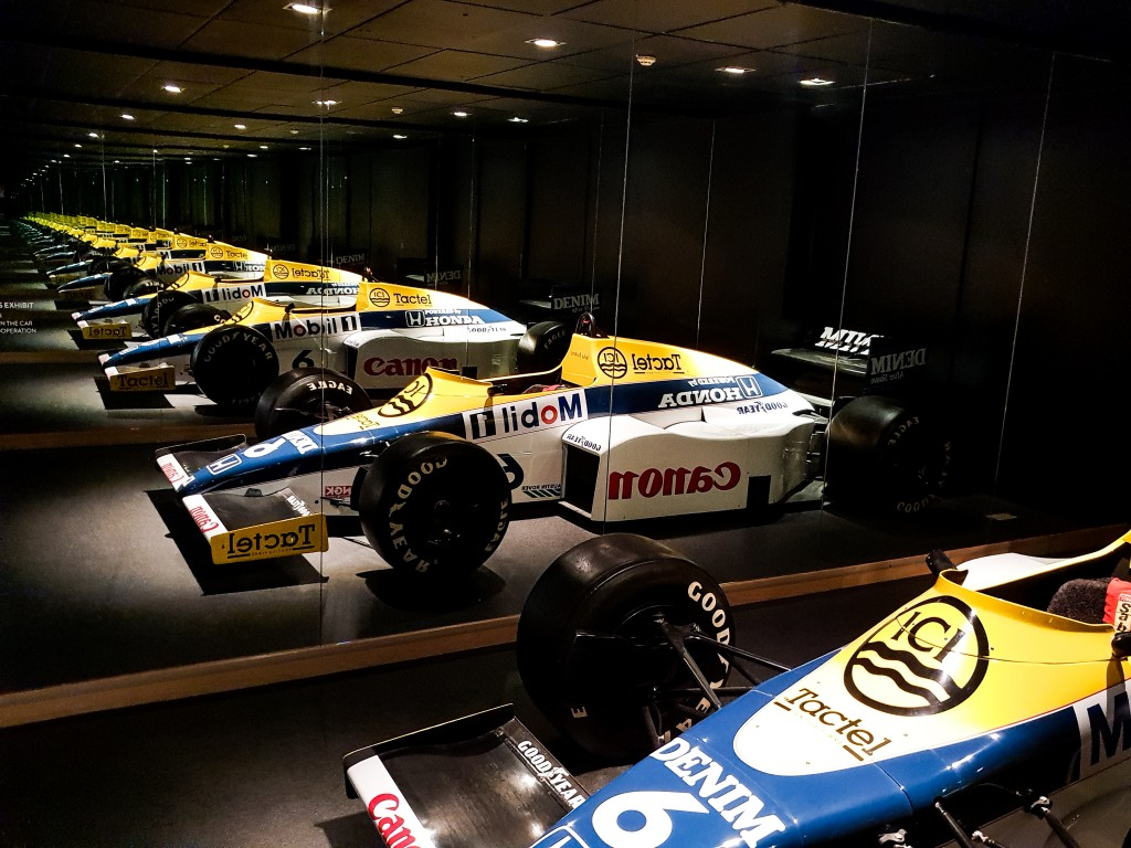 Williams - Racing hall of mirrors